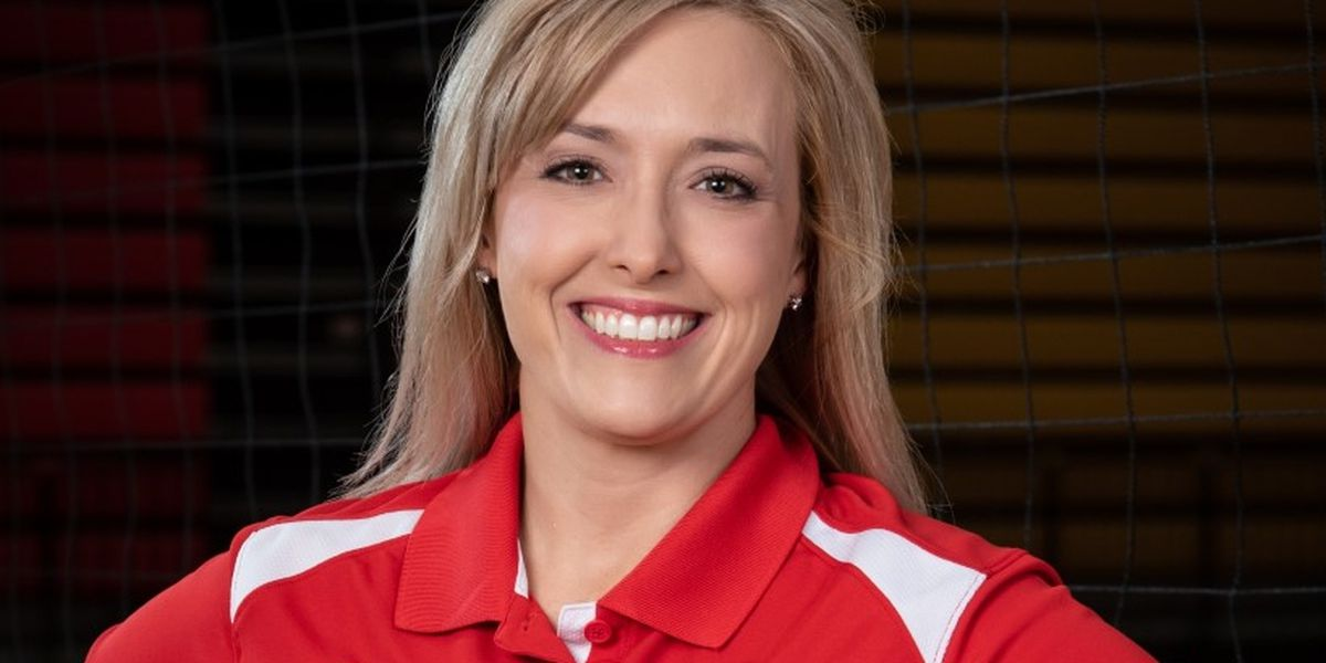 Kandi Stephens named Coronado volleyball coach
