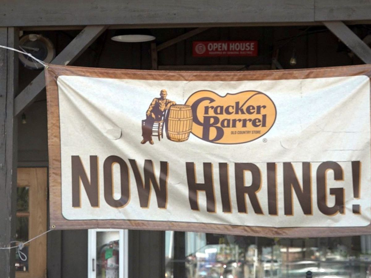 Employers blame unemployment benefits as Lubbock businesses struggle to fill jobs