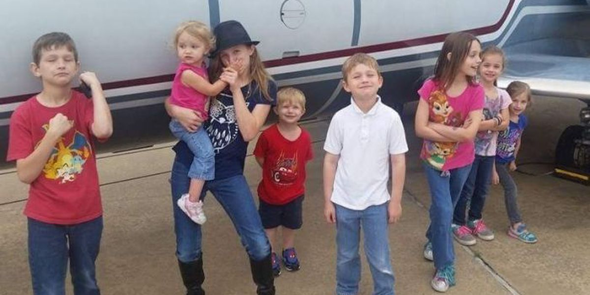 Shallowater family of 9 loses everything in house fire