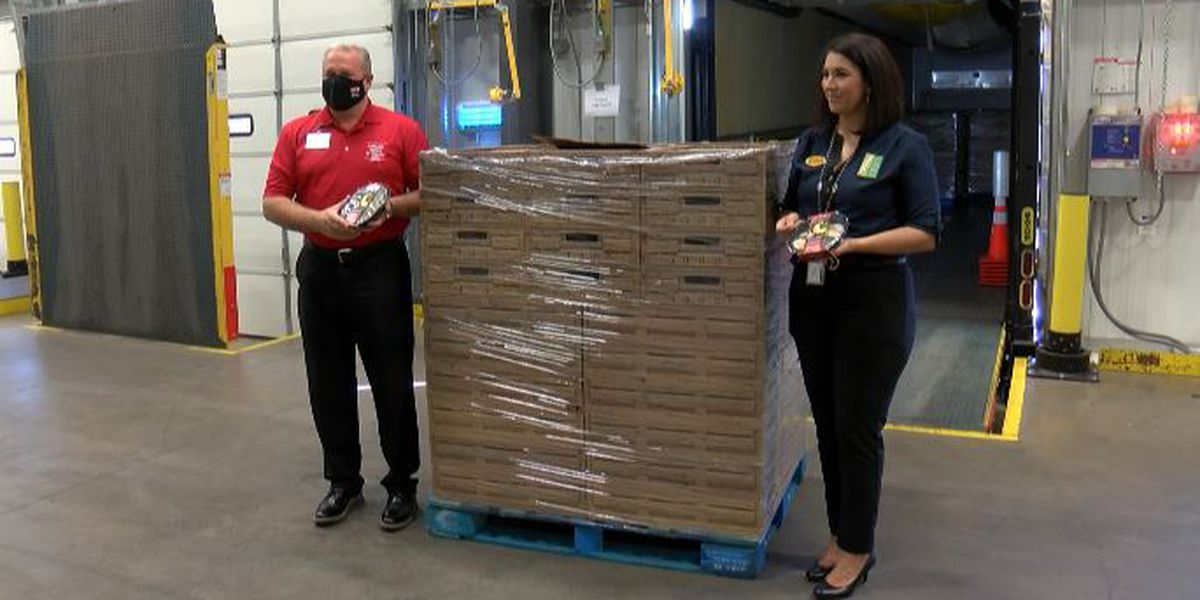H-E-B, South Plains Food Bank distribute more than 9,600 holiday meals