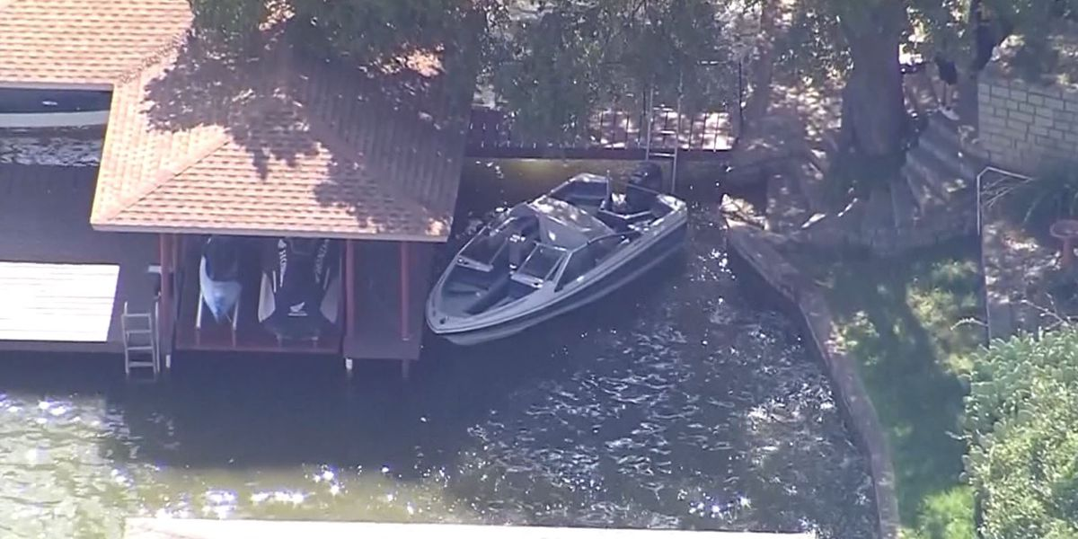 3-year-old girl found alone in boat on Texas lake; father's body recovered nearby