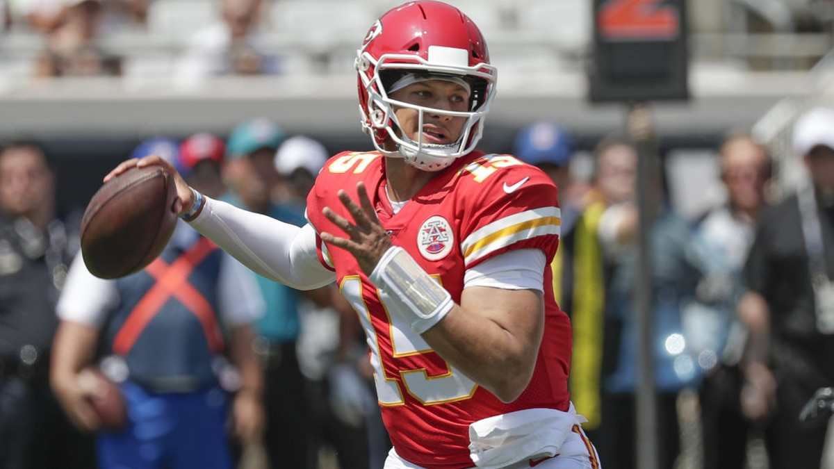Patrick Mahomes picks up right where he left off