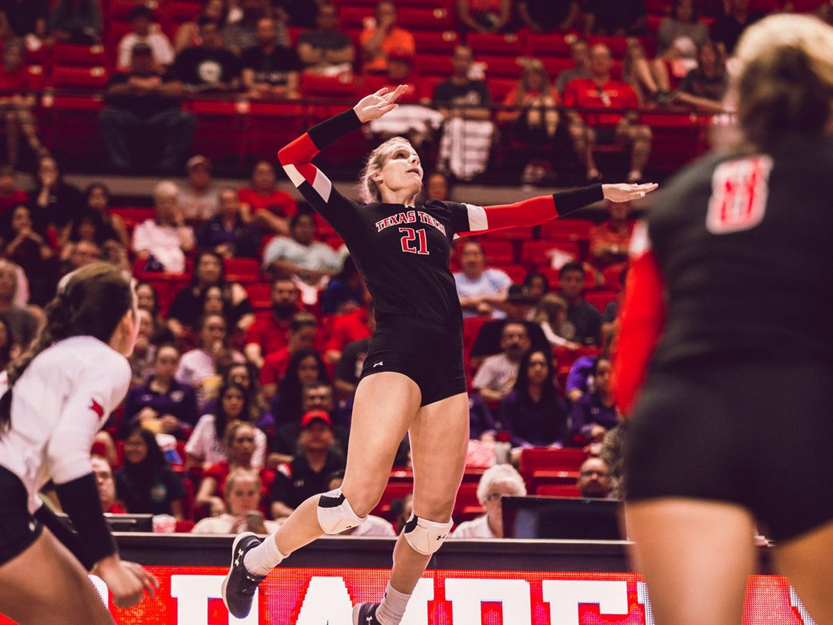 Brooke Kanas named Big 12 Volleyball Rookie of the Week