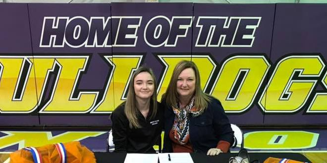 Anton's Kaitlyn Clardy signs letter of intent